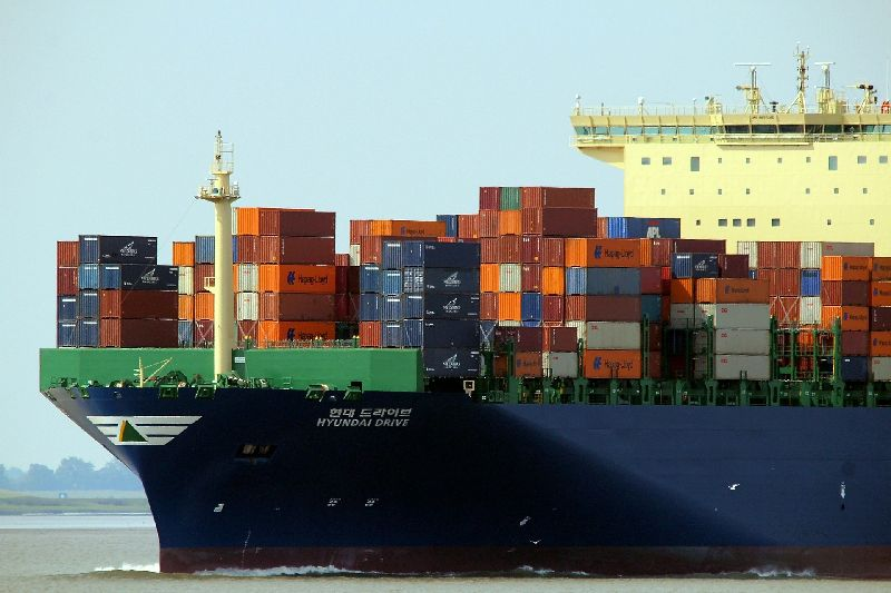 What Kinds Of Variations Do Shipping Containers Come In?